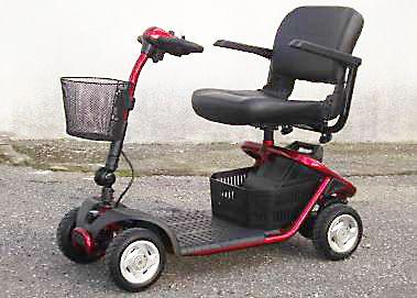 Scooter cabinato mercurio4 per disabili o anziani usato firenze youcar il tuo mercatino delle - Letto elettrico per disabili usato ...